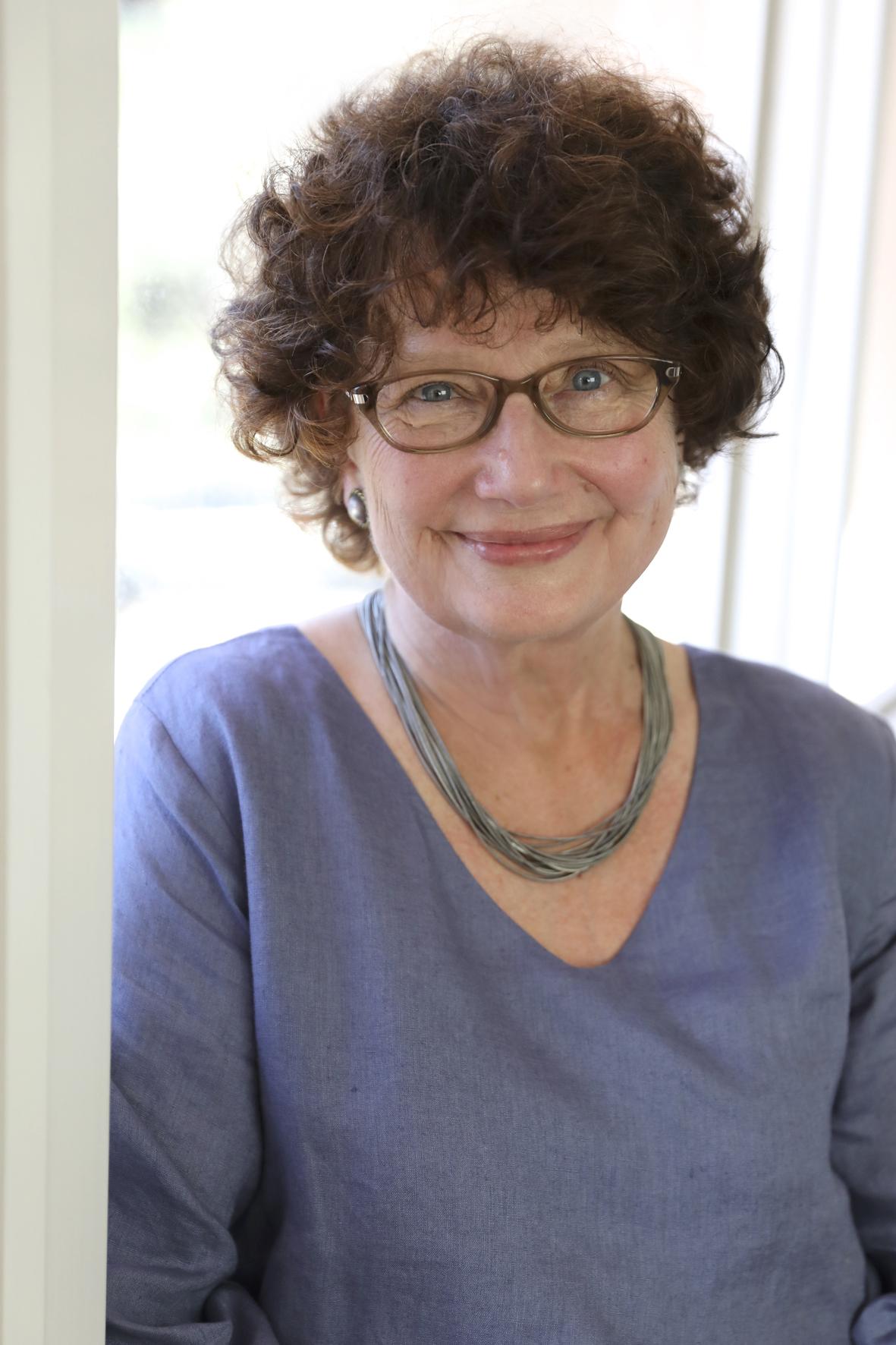 Vicki Laveau-Harvie